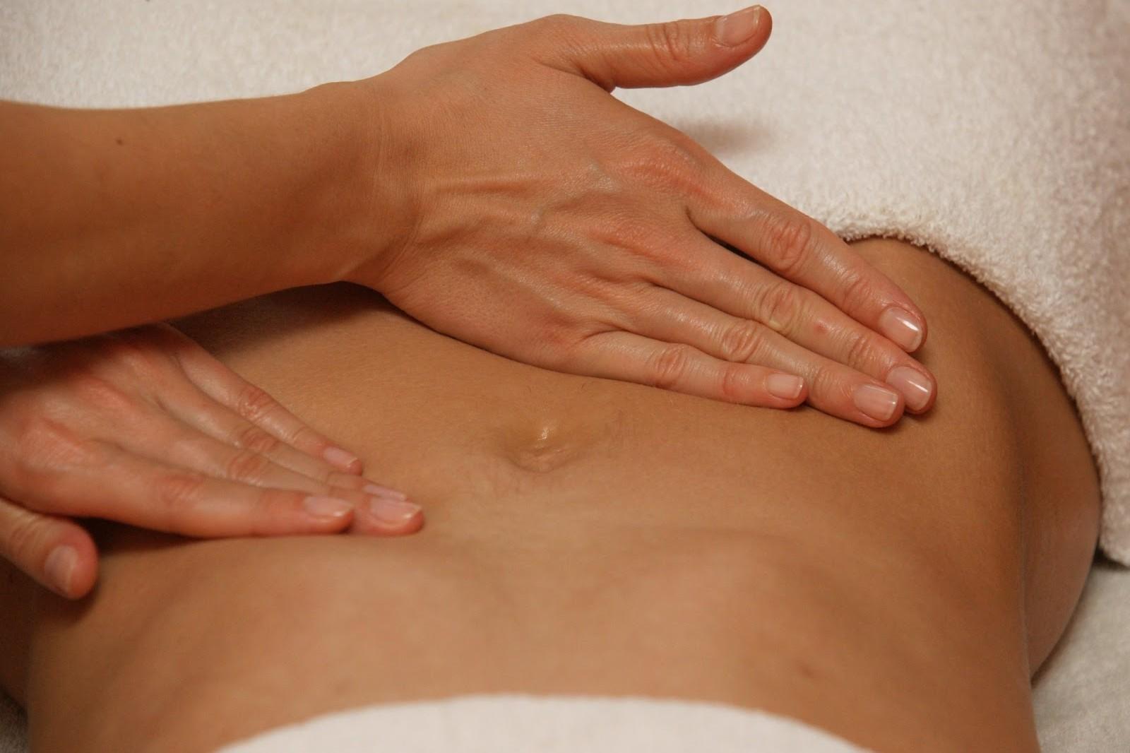 Risultati immagini per stomaco massaggio